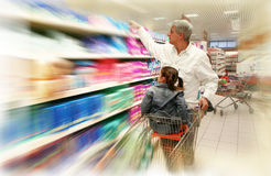 shoppingsupermarket Royaltyfri Fotografi