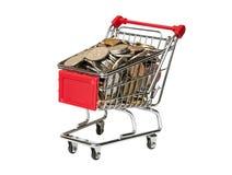 Shoppingvagn med rubel som isoleras på vit Fotografering för Bildbyråer