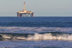 In-shore oil rig Royalty Free Stock Photo