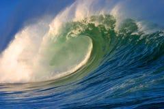shorebreakwaimea Royaltyfri Bild
