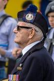 SHOREHAM-ΑΠΌ-ΘΑΛΑΣΣΑ, ΔΥΣΗ SUSSEX/UK - 30 ΑΥΓΟΎΣΤΟΥ: Παλαιός στρατιώτης Στοκ φωτογραφία με δικαίωμα ελεύθερης χρήσης