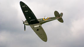 Shoreham Airshow 2014 -Spitfire Flypast Stock Images