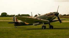 Shoreham Airshow 2014 - taxi delle spitfire immagine stock