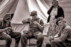 SHOREHAM-DOOR-OVERZEES, HET WESTEN SUSSEX/UK - 30 AUGUSTUS: Oorlogstijd re-enactme-aangaande stock fotografie