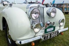 SHOREHAM-BY-SEA, SUSSEX/UK AD OVEST - 30 AGOSTO: Automobile scoperta a due posti o di Triumph Fotografia Stock Libera da Diritti