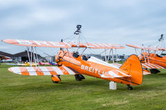 SHOREHAM-BY-SEA, SUSSEX/UK OCCIDENTAL - 30 AOÛT : Breitling Wingwalk Photos stock