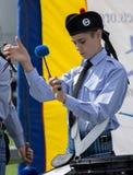 SHOREHAM-BY-SEA, SUSSEX/UK OCIDENTAL - 30 DE AGOSTO: Baterista no ar imagem de stock