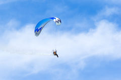 SHOREHAM-BY-SEA, WEST SUSSEX/UK - AUGUST 30 : Powered hang glide Stock Images