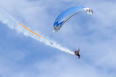 SHOREHAM-BY-SEA, WEST SUSSEX/UK - AUGUST 30 : Powered hang glide Royalty Free Stock Images