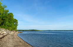 Shoreline av Northport, Maine i den sena våren Royaltyfria Foton