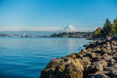 Shoreline och mer regnig 3 Royaltyfri Foto