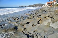 Shoreline på ekgatastranden i Laguna Beach, Kalifornien Royaltyfri Foto