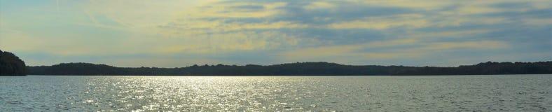 Shoreline panoramique Percy Priest Lake 1 image stock