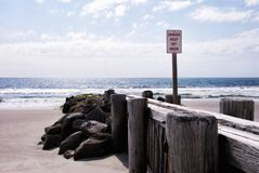 Free Shoreline Structure Groin And Rocks On Pawleys Island SC Stock Photography - 117151422