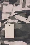 Shorts marroni della tasca del camouflauge di tono del primo piano con Fotografia Stock Libera da Diritti