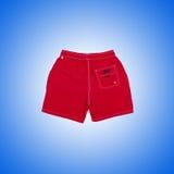 Shorts masculins sur le fond de gradient Photo stock