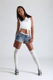 Shorts sexy del denim del modello di modo dell'afroamericano Fotografie Stock