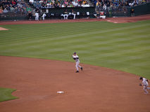 Shortstop Derek Jeter readies to throw to 1st Royalty Free Stock Photo