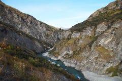 Shotover rzeka przy szypera jaru drogą, Queenstown, Nowa Zelandia Fotografia Stock
