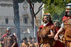 Show av forntida Romans i födelsedagen av det Rome tillfället arkivfoton