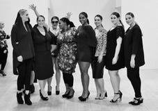 show för mode för Plus-format modehelg Februari London 2014 Arkivfoto