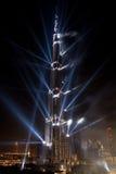 show för natt för laser för burjinvigningkhalifa Fotografering för Bildbyråer