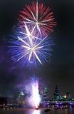 Show Fireworks市长阁下在伦敦 图库摄影