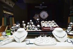 Showcase in juwelenopslag Stock Foto's