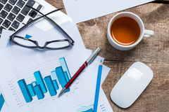 Showing business and financial report Royalty Free Stock Photos