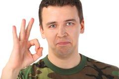 shows för ok för kamouflagegestman Royaltyfria Bilder
