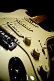 shreading的吉他 免版税图库摄影