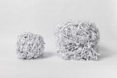 2 Shredded бумажных куба Стоковые Фотографии RF