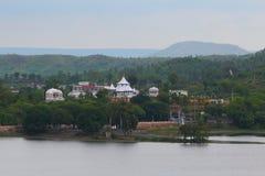 shree om sai świątynia, Naturalna sceneria, kagdi podnosi up jezioro, Banswara, Rajasthan indu Obraz Royalty Free
