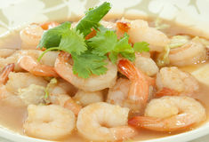 Shrimp cooking with  vegetable oil Royalty Free Stock Photography