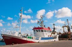 Shrimp fish trawler in the harbour Royalty Free Stock Photography