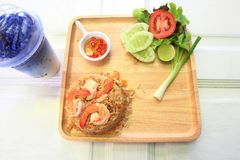 Shrimp fried rice. In a wooden dish Royalty Free Stock Images
