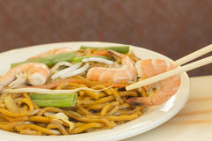 Shrimp Lo Mein Royalty Free Stock Photography