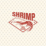 Shrimp logo on seamless pattern with fishing net, vector illustration Royalty Free Stock Photos