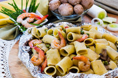 Shrimp and Mushroom Pasta  served in  cartoccio Stock Images