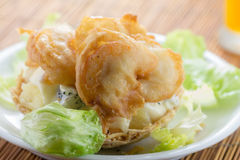 Shrimp with salad and sauce Stock Photography
