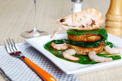 Shrimp on a toast with vegetables Stock Photography