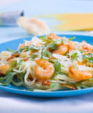 Shrimps and arugula pasta Royalty Free Stock Images