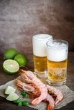 Shrimps with glasses of beer Royalty Free Stock Images