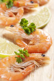 Shrimps with parsley and lemon Stock Photography