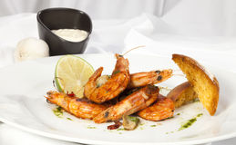 Shrimps prepared with garlic, chilli, white wine and balsamic vi Royalty Free Stock Photography
