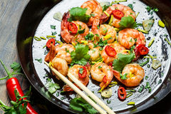 Shrimps sauteed with chilli pepper Stock Photography