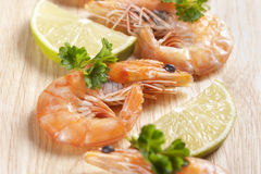 Shrimps With Parsley And Lemon Stock Images