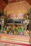 Shrine al tempio di Wat Xieng Thong in Luang Prabang Fotografie Stock