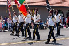 Shriners marzo en el desfile de Mendota Imagen de archivo