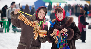 shrovetide της Ρωσίας κοριτσιών ε&omi Στοκ φωτογραφίες με δικαίωμα ελεύθερης χρήσης